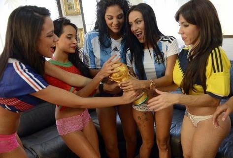 Descargar Mp3 de Chicas Sexys gratis - 3:31 minutos