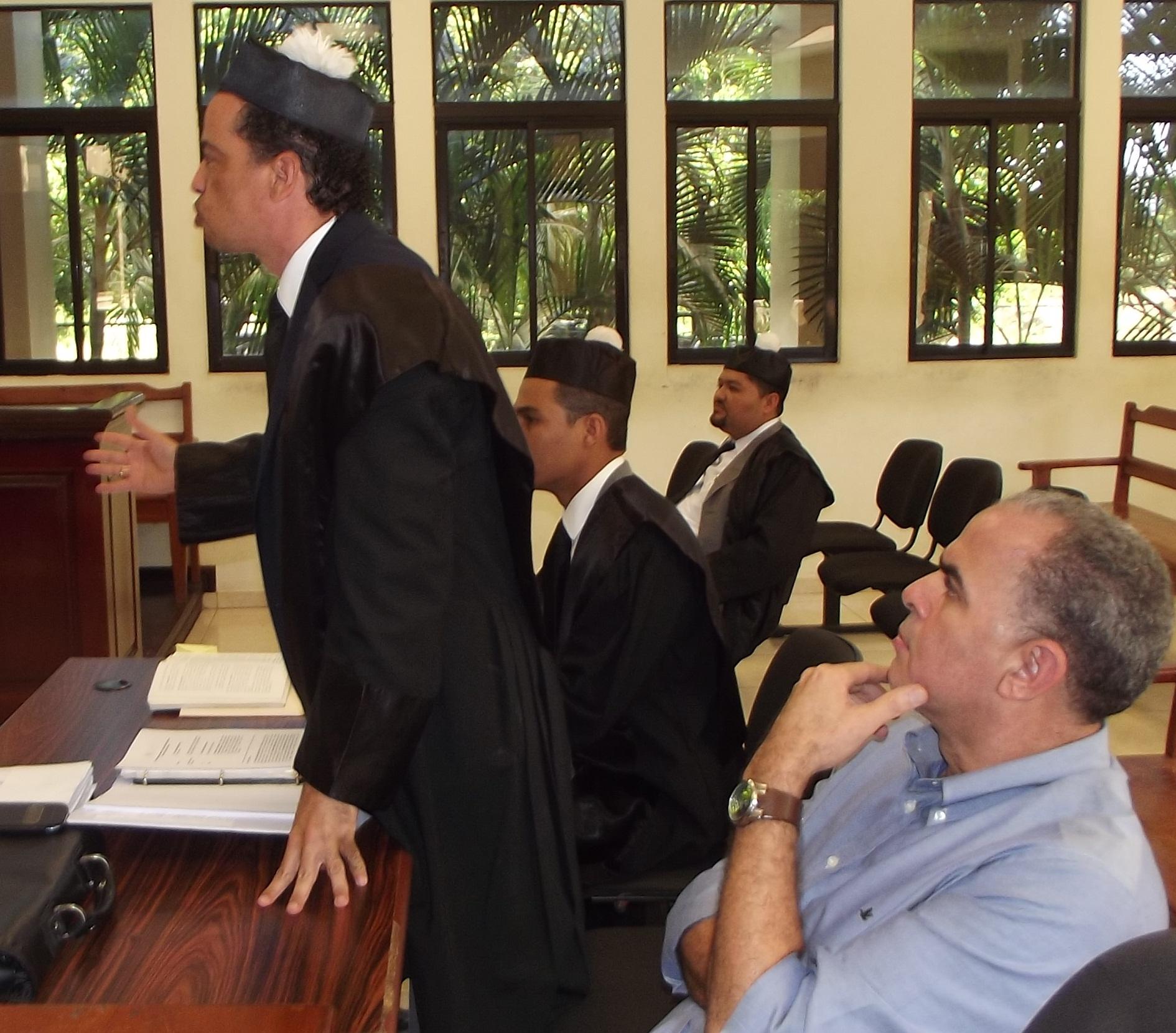 Resultado de imagen para Alberto Espinosa abogado chile