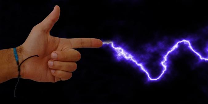 Resultado de imagen para descarga eléctrica en el cuerpo